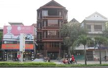 Ngôi nhà toàn gỗ giá 30 tỉ đồng giữa TP Hà Tĩnh