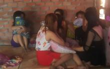 """Hàng chục cô gái bị đưa vào """"tổ quỷ"""" ở Đồng Nai"""