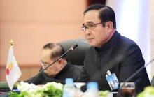 Bị nghi thả bà Yingluck, Thủ tướng Thái Lan nổi giận