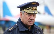 Ông Putin cách chức tư lệnh không quân Nga
