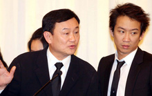 Con trai ông Thaksin bị khởi tố tội rửa tiền