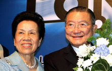 Tỷ phú Thái Lan mua Sabeco từng bán hàng rong