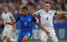 Hậu vệ ghi bàn, Pháp hạ nhục tuyển Anh ở Stade de France