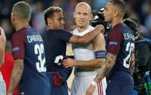 Đôi chân pha lê Arjen Robben giã từ tung hoành sân cỏ
