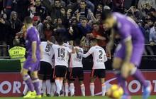 """Thua ở """"hang dơi"""", Real Madrid lung lay ngôi đầu La Liga"""