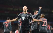 Lại thua thảm 1-5, Arsenal ê chề rời Champions League