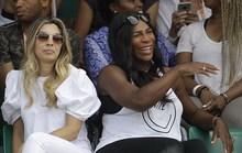 Serena bầu bì đến sân, Roland Garros sốt hôn nhân đồng giới
