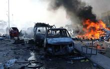 Thế giới sững sờ trước vụ đánh bom kép ở Somalia