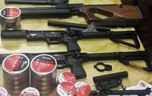 Khách từ Nga về đem theo súng hơi và hàng ngàn viên đạn chì
