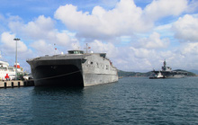 Cận cảnh tàu hải quân Nhật, Mỹ thăm Cam Ranh