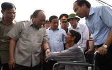 Thủ tướng: Không được để dân sống màn trời chiếu đất, đứt bữa