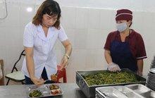 Công nhân ngành may: Làm kiệt sức, thu nhập bèo