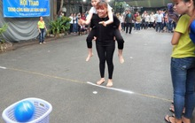 Tổ chức sân chơi cho công nhân