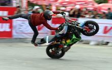 Người Đà Nẵng thích thú với xiếc mô tô