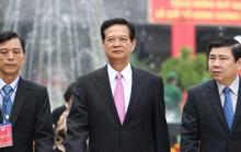 Nguyên Thủ tướng Nguyễn Tấn Dũng dâng hương các vua Hùng