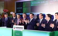 Vietnam Airlines lãi kỷ lục, cổ phiếu tăng kịch trần khi chào sàn UPCoM