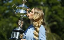Wozniacki bị choáng ngợp sau khi giành được danh hiệu Grand Slam