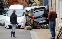 Pháp: Nước mưa 7 tháng trút xuống trong 1 đêm, nữ tu sĩ bị cuốn trôi