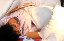 Bé gái 14 tuổi bị xe container cuốn, cán dập nát bàn tay