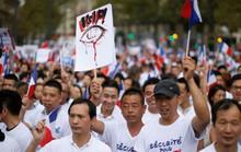 Người gốc Hoa sống trong sợ hãi ở Paris