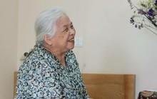 Cụ 93 tuổi khuyên người già nên vào trung tâm dưỡng lão