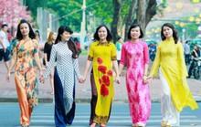Quyên góp áo dài tặng nữ công nhân khó khăn