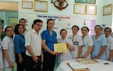 Động viên y - bác sĩ tích cực phòng chống dịch