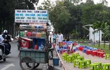 Hàng rong vây Công viên Gia Định