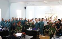 Xử tù 30 người đập phá trụ sở UBND tỉnh Bình Thuận