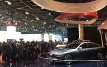 """VinFast duy trì độ """"hot"""" tại Paris Motor Show"""