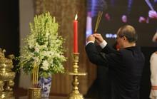 Xúc động lễ viếng nguyên Tổng Bí thư Đỗ Mười tại TP HCM