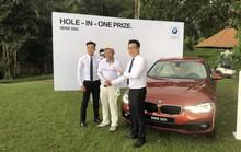 """Một golf thủ mang về xe BMW 320i từ cú đánh """"thần thánh"""""""