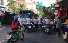 Nha Trang: Hỗn loạn khi chợ Xóm Mới bành trướng