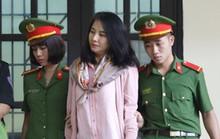 Bóng hồng khóc nghẹn ở phiên tòa xét xử vụ đánh bạc ngàn tỉ