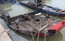Hóa chất nguy hiểm ẩn họa trên sông