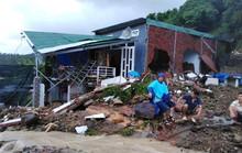 Đã có đến 14 người chết do sạt lở núi, sập nhà ở Nha Trang