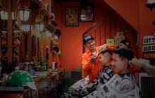 [eMagazine] Bí mật của chàng thợ cắt tóc đam mê bóng tròn