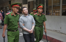 Trốn truy nã, sang Việt Nam giết nhân tình sau khi ân ái