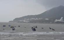 Vũng Tàu bắt đầu mưa lớn, gió giật liên hồi