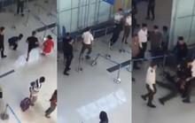 Vụ đánh nữ nhân viên hàng không: Khởi tố 3 tội mới xứng!