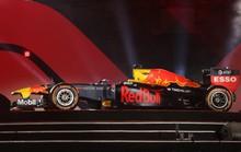 Cận cảnh siêu xe đua F1 ra mắt tại Hoàng thành Thăng Long