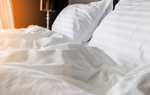 U60 cầu cứu bác sĩ vì dại dột trong phòng ngủ