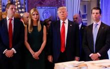 Ông Trump đóng cửa quỹ từ thiện, phân phát 1,75 triệu USD còn lại