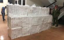 Chở thuê 15.000 gói thuốc lá lậu cho người không rõ lai lịch