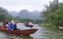 Xây dựng khu du lịch tâm linh chùa Hương: Không hợp lý, trái luật?