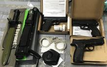 Bắt nam hành khách vận chuyển vũ khí từ Mỹ về Việt Nam