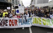 Trái đất bên bờ vực thảm họa khí hậu