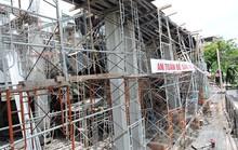 Sập sàn tầng 4 khi đổ bê-tông, 2 thanh niên 18 và 19 tuổi thiệt mạng