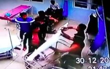 Hàng chục thanh niên hung hăng đánh người và đập phá BCH quân sự xã
