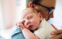 Vợ sinh con, nguy cơ đàn ông tự tử tăng 20 lần